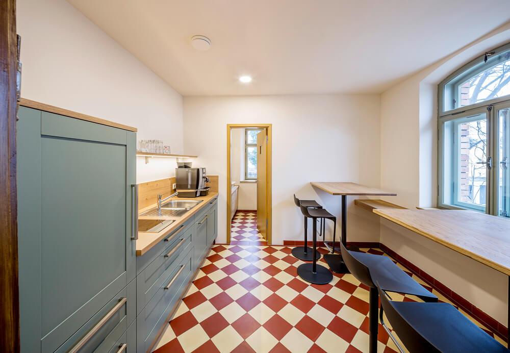 Gartenvilla-NM_16-Innen-Küche