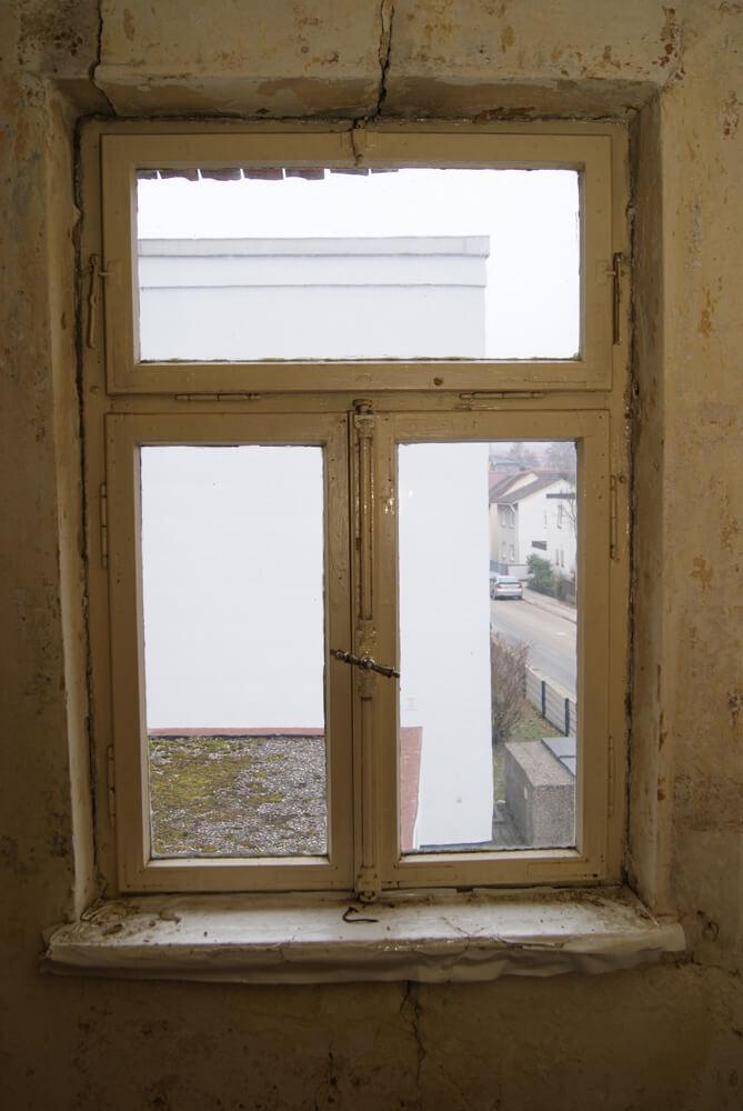 Gartenvilla-NM_29-Detail-Fenster-Vorzustand